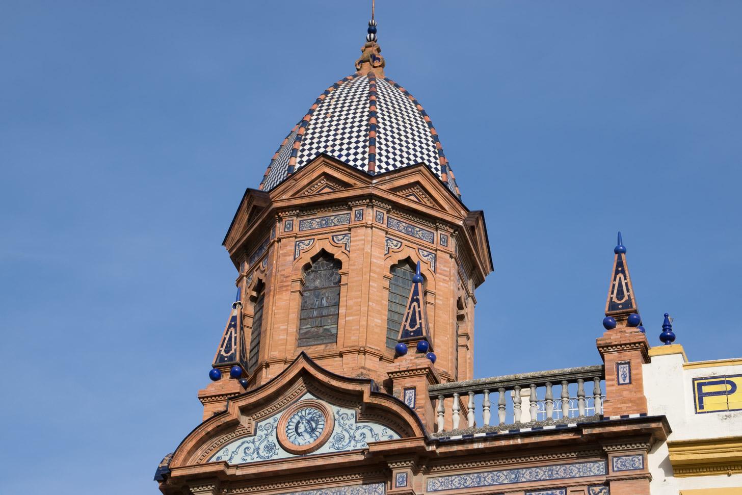fraai torentje in Andalusische stijl